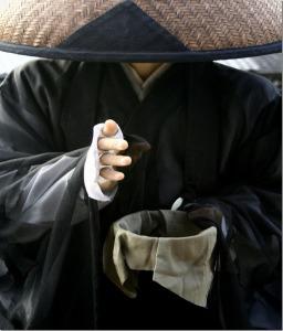 monk-begging